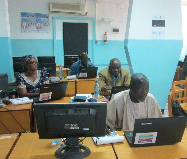 1er atelier de conception des livrets au Tchad ©IFADEM